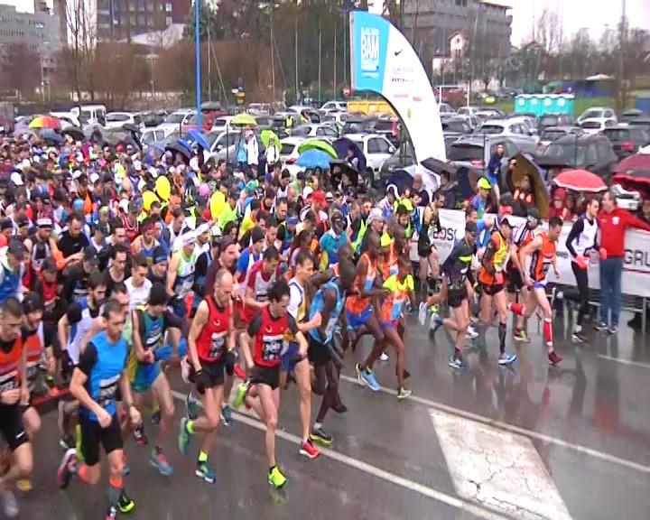 Brescia Art Marathon 2018, il maltempo non ferma i runner