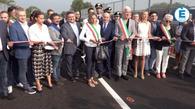 """Inaugurato il nuovo ponte sull'A21, Stucchi: """"Momento atteso da 20 mesi"""""""