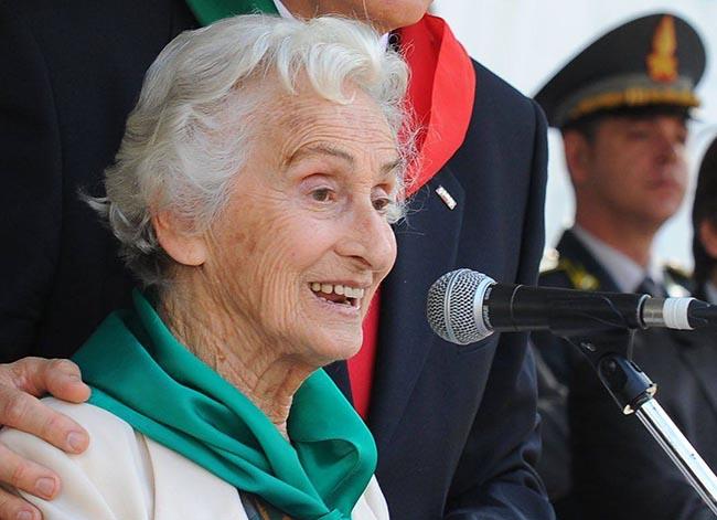 """Funerali di Agape Nulli Quilleri: """"Lascia valori da portare avanti nel tempo"""""""