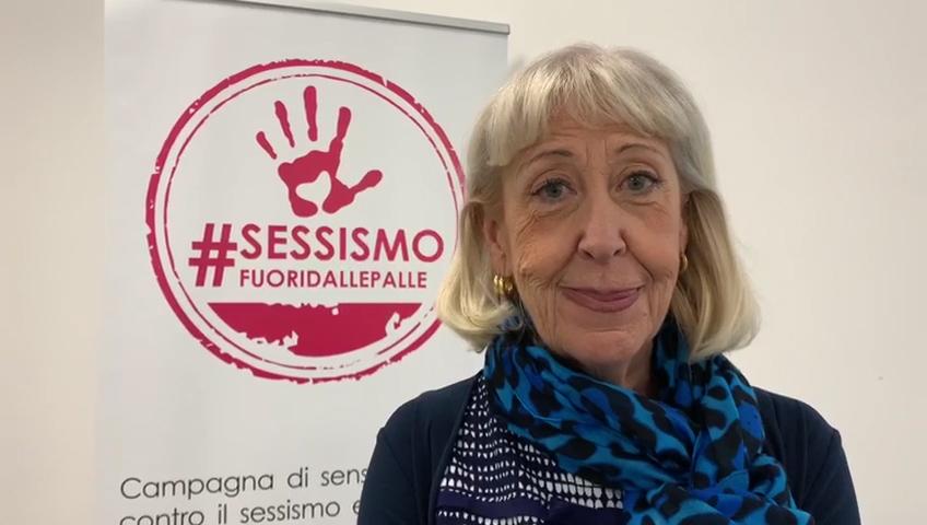 """""""Sessismo, #fuori dalle palle"""" la campagna contro la violenza alle donne"""