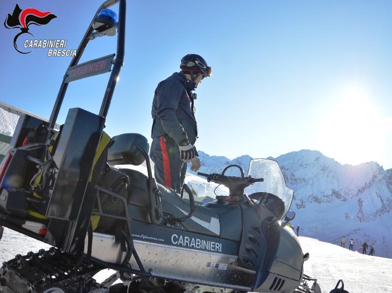 Carabinieri con gli sci, potenziato il controllo nei comprensori bresciani