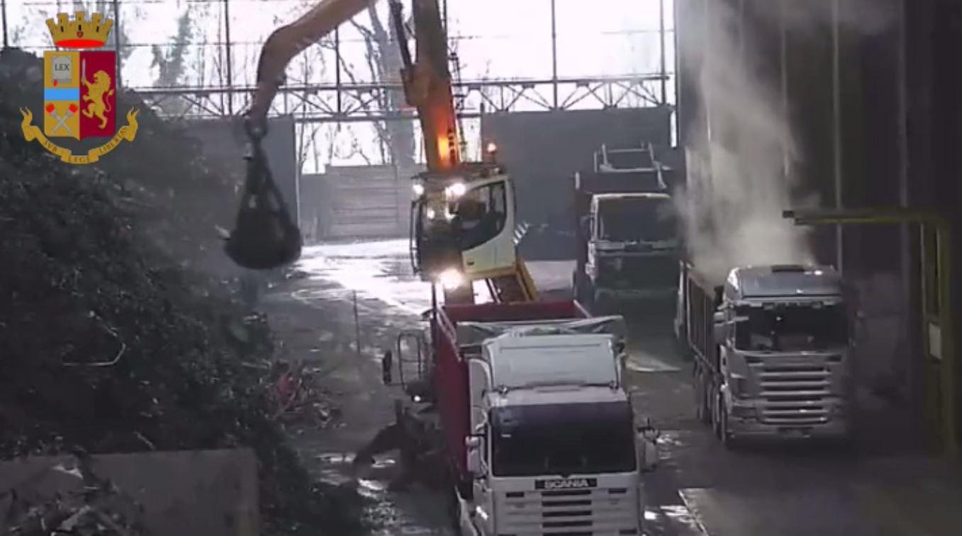 """Operazione """"Dirty waste"""": Polizia smaschera traffico di rifiuti"""