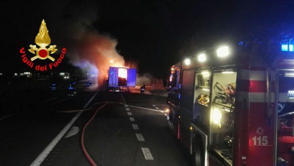 Incendio Tir in A4