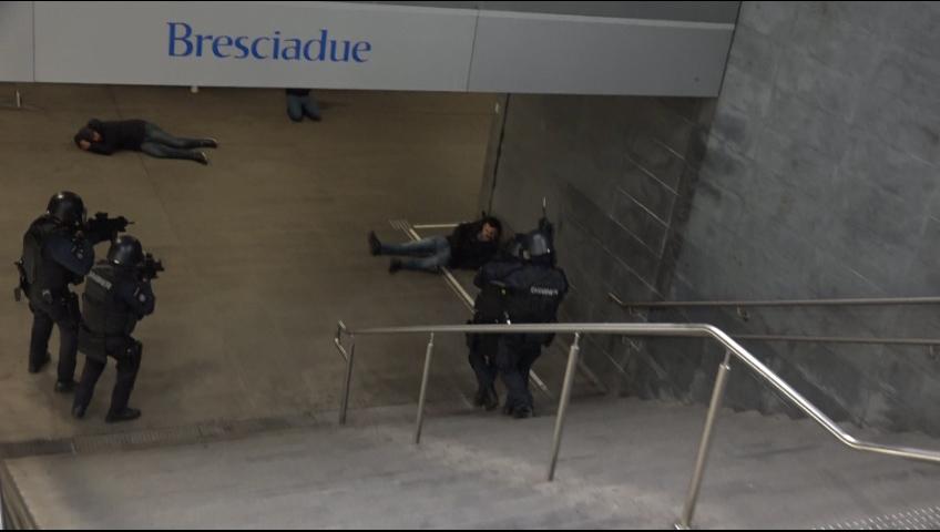 Attentato terroristico nella Metro di Bresciadue. Ma è un'esercitazione