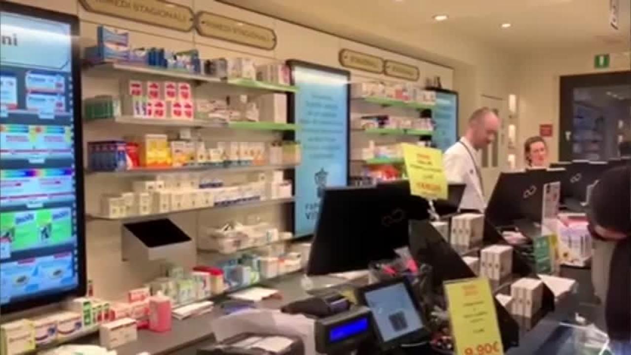 Coronavirus, bresciani preoccupati, a caccia di mascherine. I consigli della Farmacia Vincoli