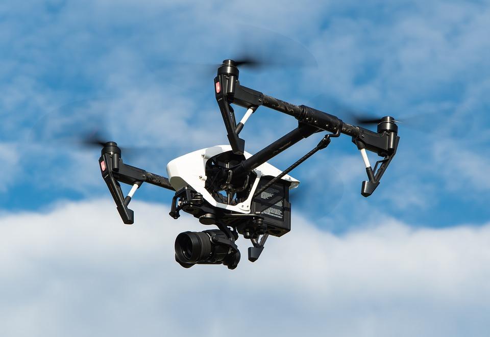 Norme e controlli con i droni sui terreni avvelenati dal Pcb