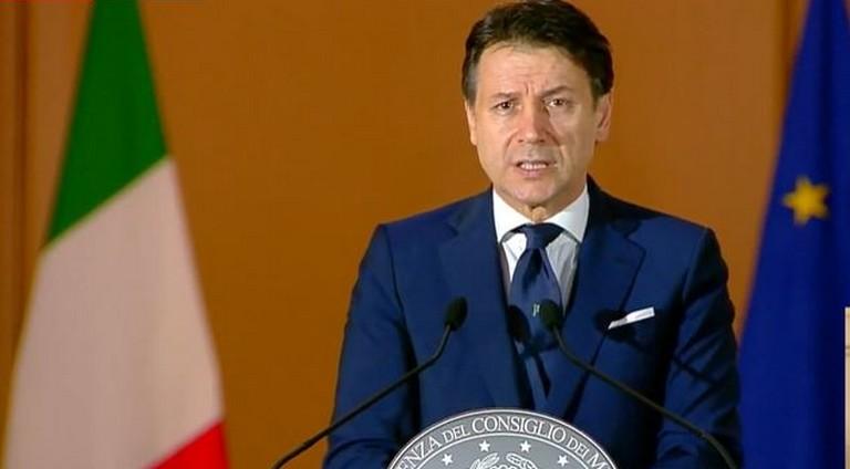 """Conte, """"non abbiamo motivo per dire alla Lombardia: non apre la Lombardia"""""""