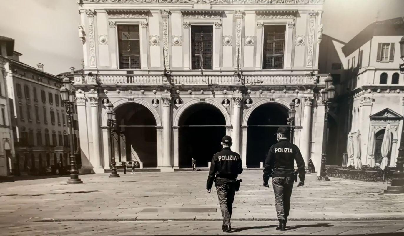"""Aperta fino al 5 ottobre la mostra """"Frammenti"""", gli scatti della Polizia durante il lockdown"""
