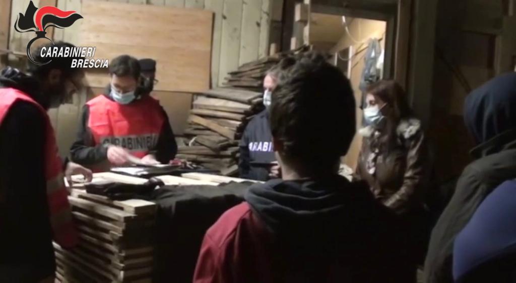 Giovani sfruttati scappano da Monza e chiedono aiuto ai Carabinieri di Brescia, aguzzini arrestati