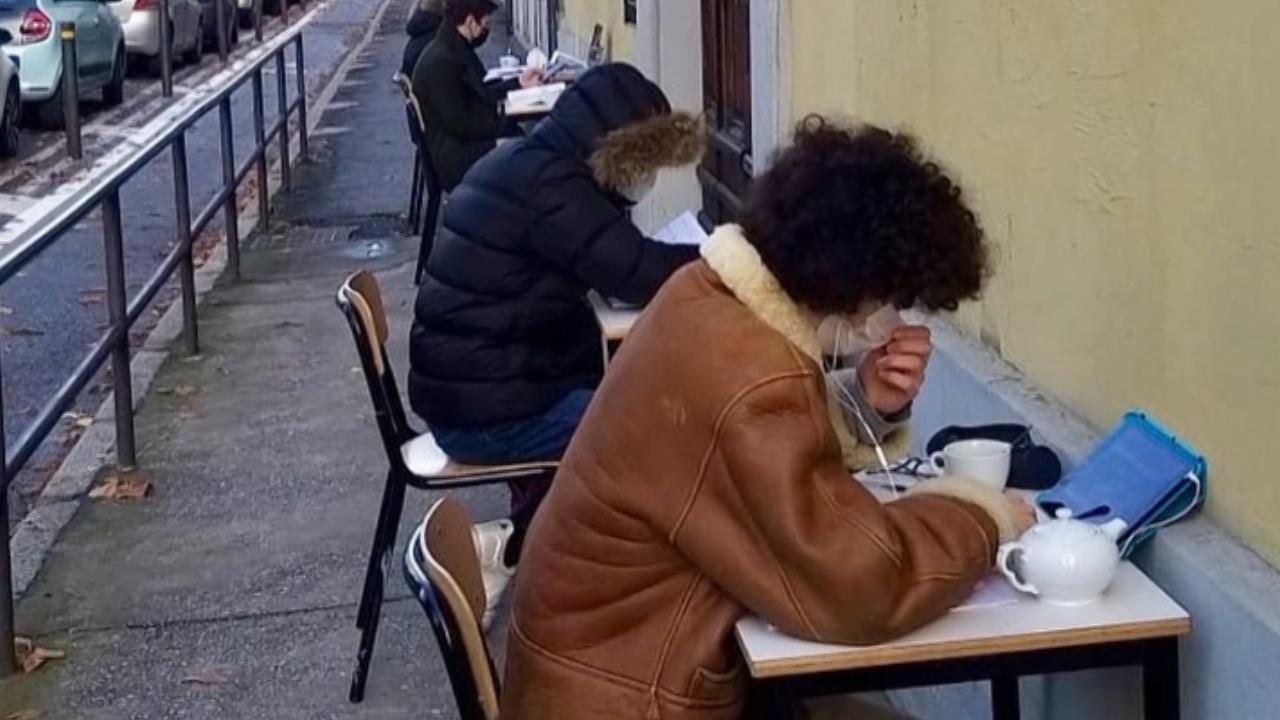 """School for future, Pansini, """"banchi fuori dagli istituti per protestare contro la chiusura della scuola"""""""