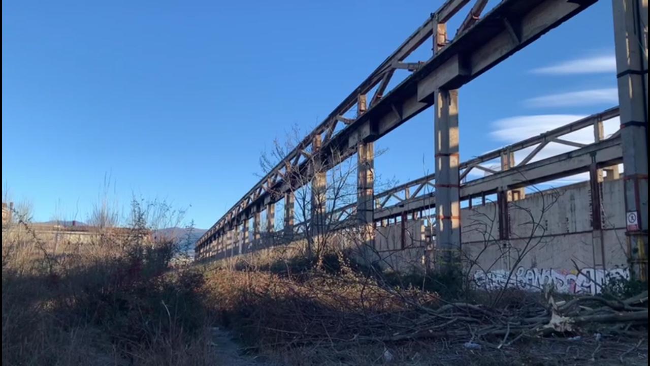 Demolizioni e messa in sicurezza per la fabbrica abbandonata di via Orzinuovi