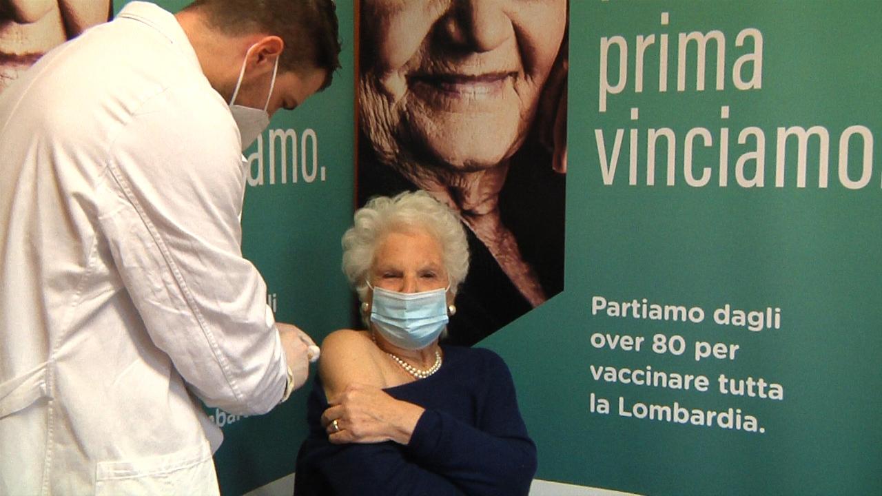 Vaccinazioni anti Covid agli ultraottantenni, Liliana Segre testimonial per Regione Lombardia