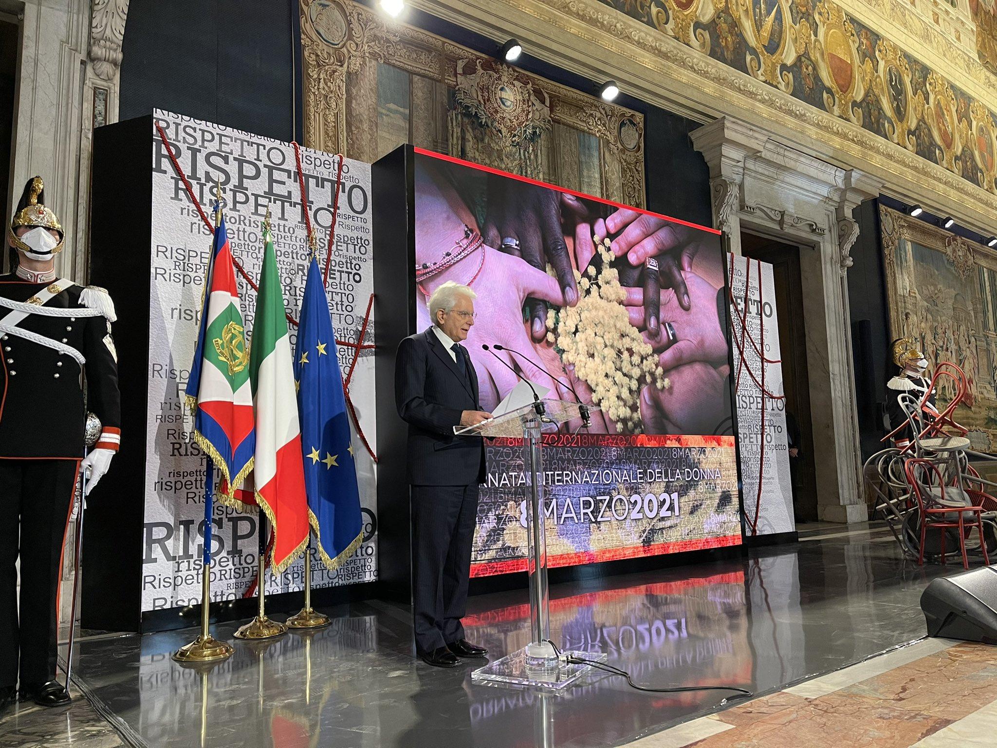 """Festa della donna, Mattarella: """"L'amore, quello autentico, si basa sul rispetto e la condivisione"""""""