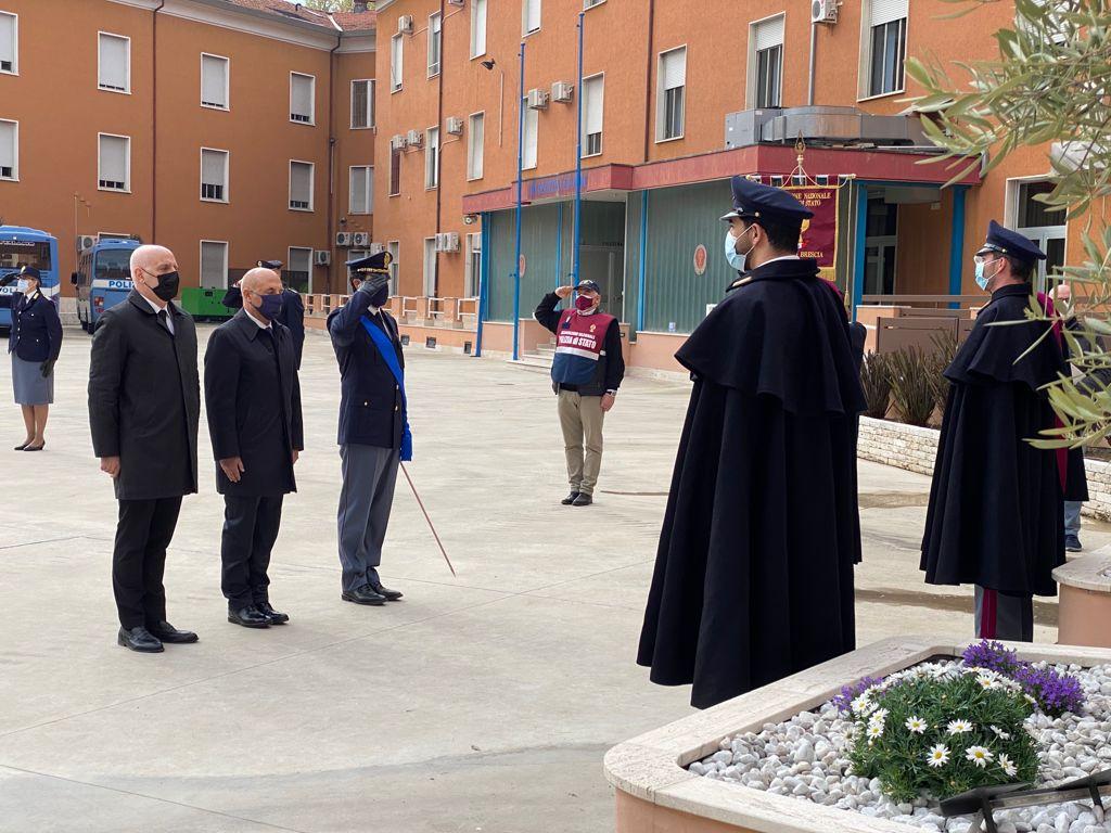 """Oggi è il 169° anniversario dalla fondazione della Polizia: """"Avremmo voluto festeggiare tra la gente di Brescia"""""""