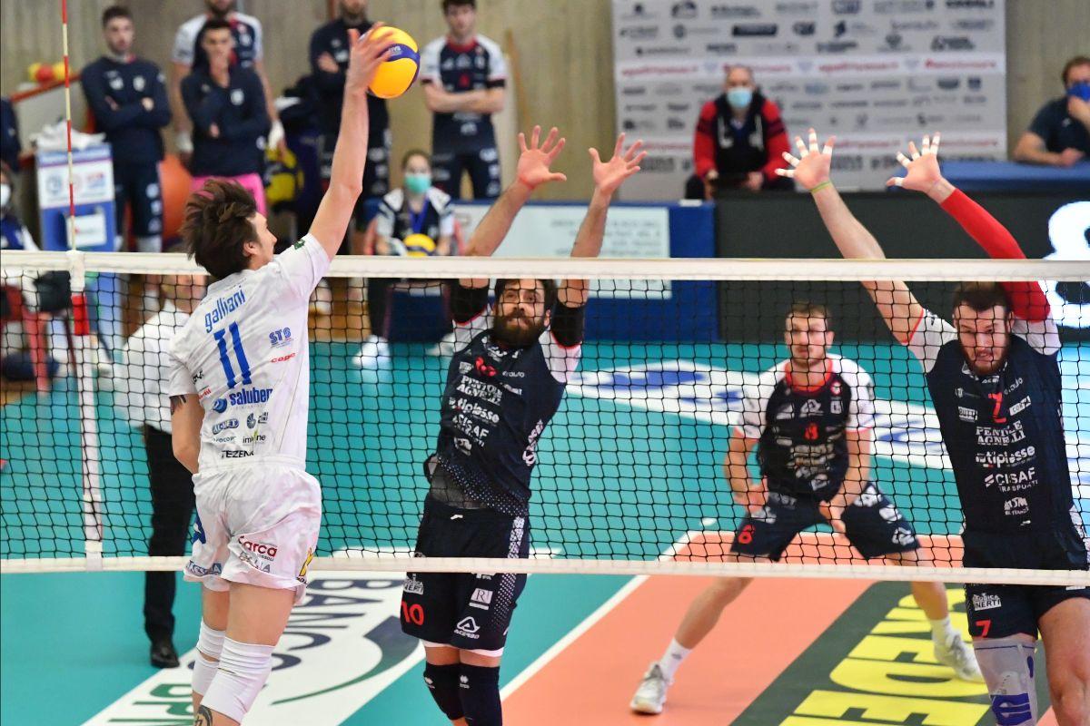 I Tucani fanno la storia: sconfiggono Bergamo a domicilio e volano in semifinale