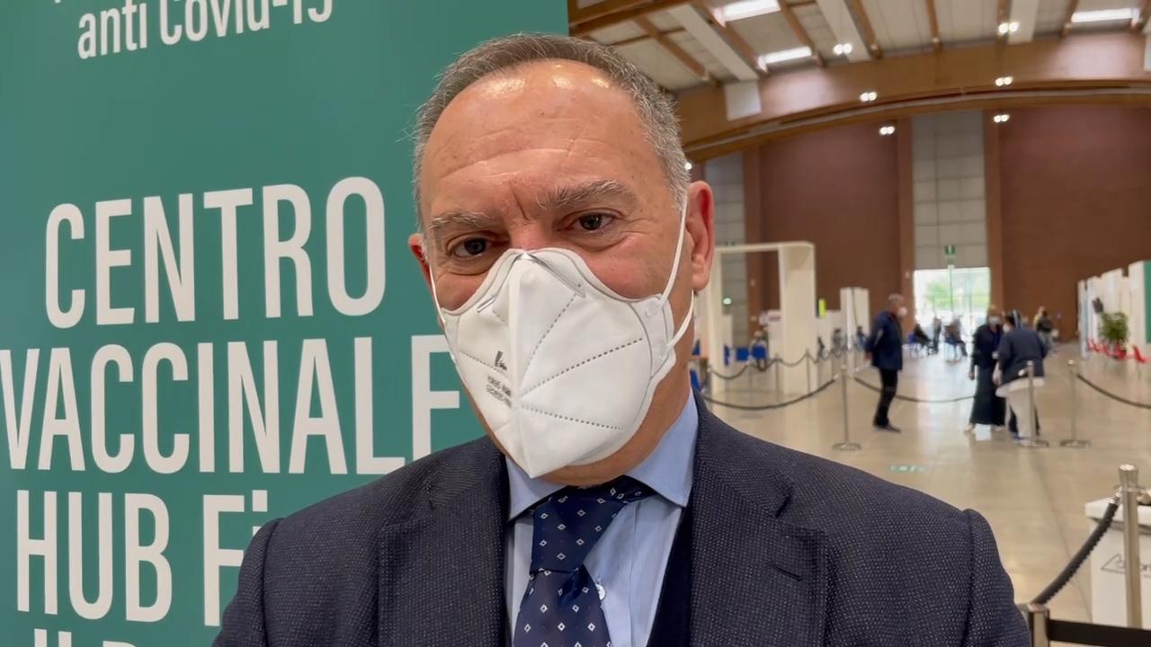 """Lombardo, """"oltre 4 mila i vaccinati in Fiera. Le notizie sui vaccini portano a chiedere più spiegazioni"""""""