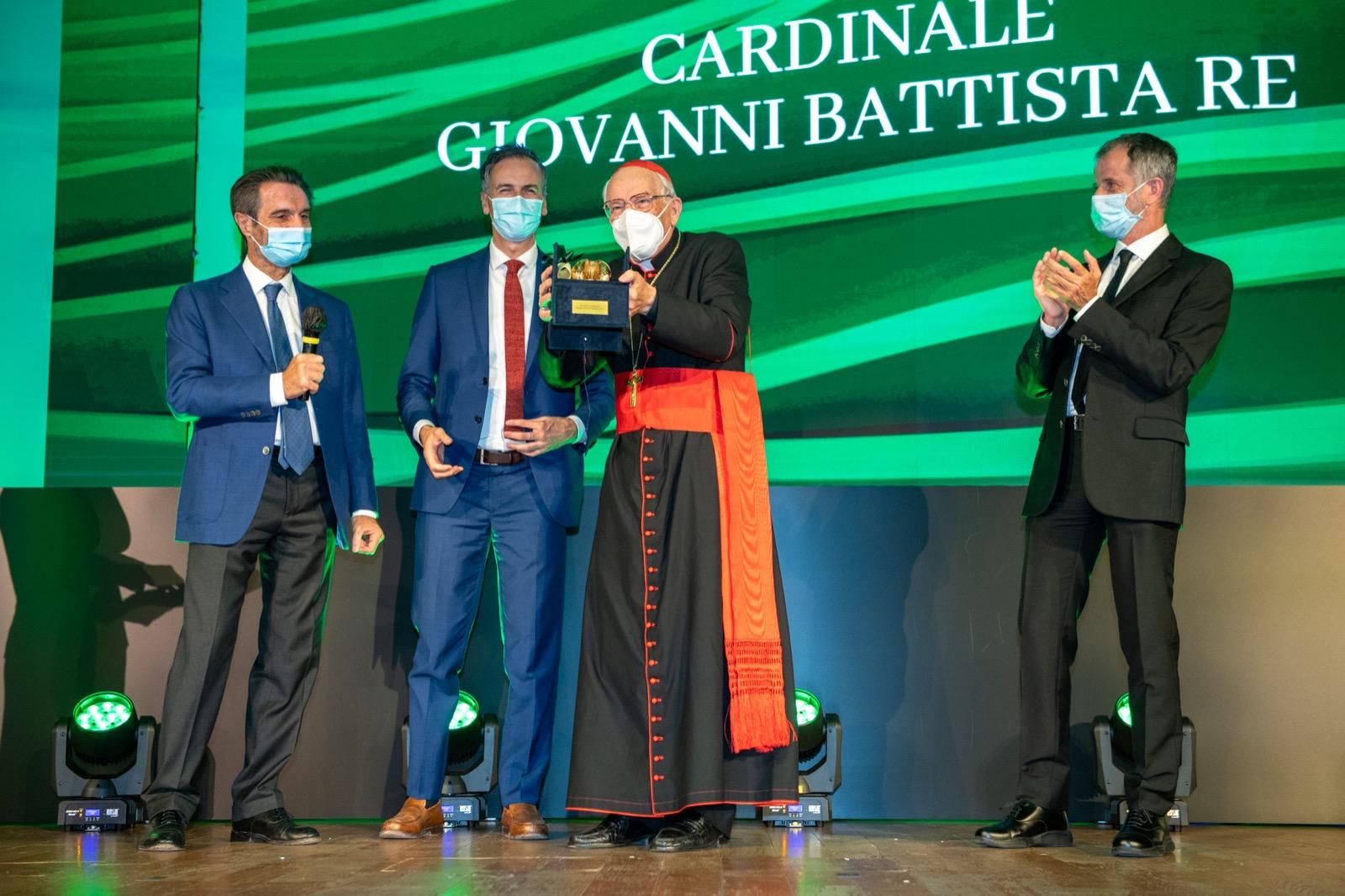 Rosa Camuna: premio al cardinal Re e menzione a Mauro Ferrari