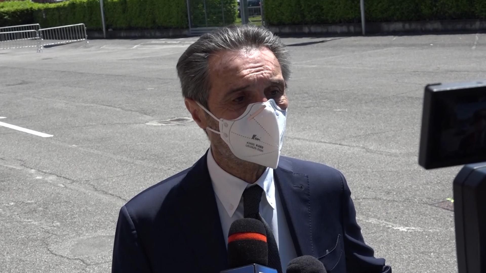 """Fontana: """"La Lombardia ha dati da zona bianca"""""""