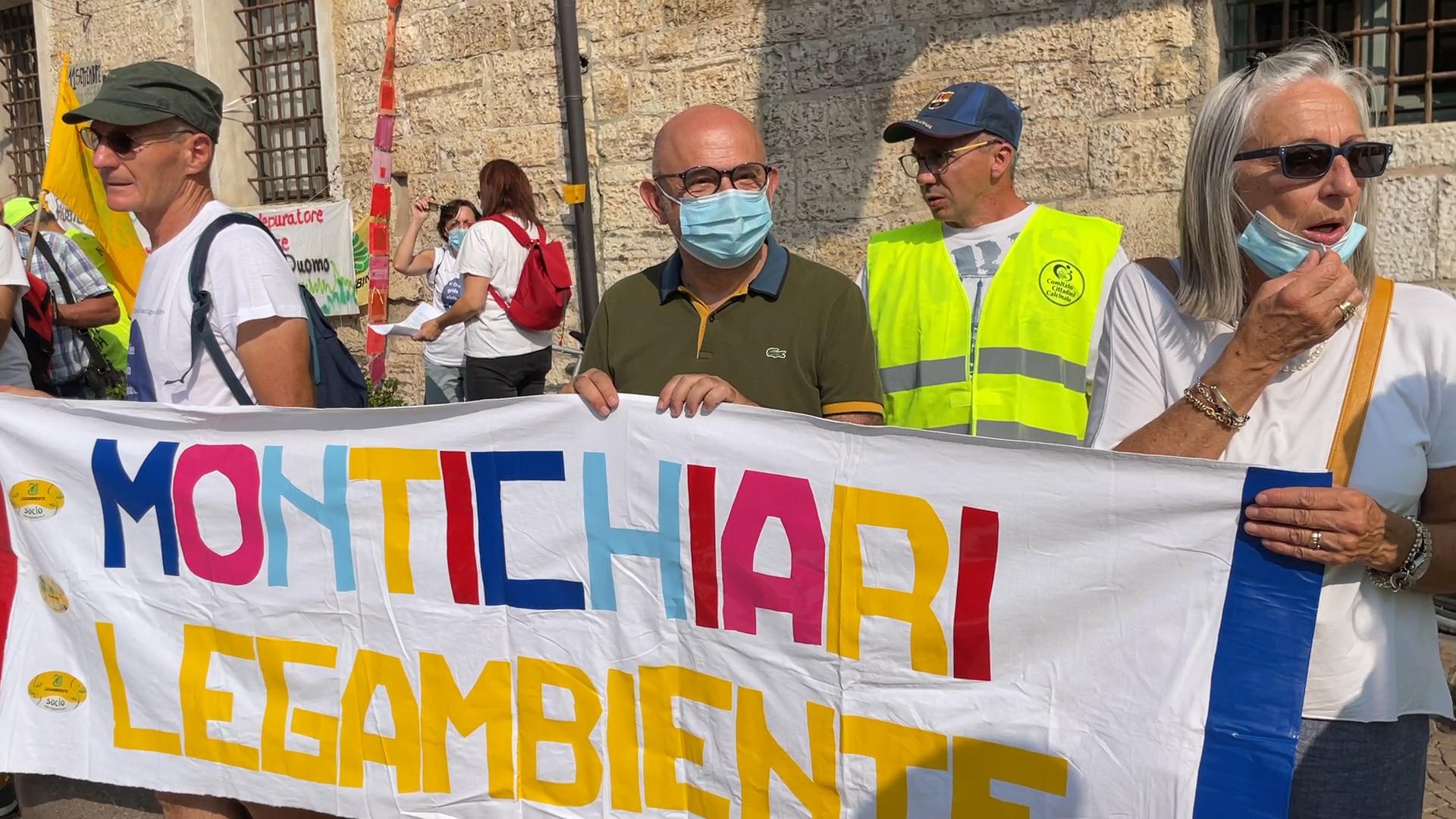"""Depuratore del Garda, la manifestazione: """"Rispettare la mozione Sarnico"""""""